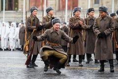 2016年11月05日:游行的礼服排练,热忱对1941年11月7日在红场在莫斯科 库存照片