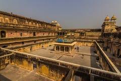 2014年11月04日:琥珀色的堡垒的庭院在斋浦尔,印度 免版税图库摄影