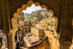 2014年11月04日:琥珀色的堡垒的拱道在斋浦尔,印度 库存照片