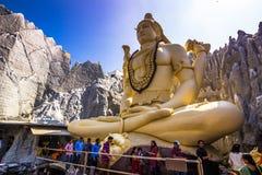 2014年11月11日:神希瓦的雕象在一个寺庙的在轰隆 免版税库存图片