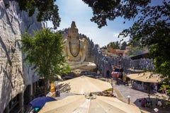 2014年11月11日:神希瓦的雕象在一个寺庙的在轰隆 免版税库存照片