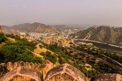 2014年11月04日:从Nahargarh堡垒的琥珀色的堡垒在Jai 免版税库存图片