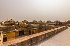 2014年11月04日:Nahargarh堡垒的屋顶在斋浦尔, Ind 免版税库存照片