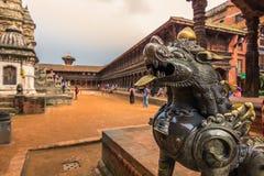 2014年8月18日-猴子雕象在Bhaktapur,尼泊尔 库存照片