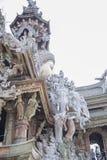 2014年9月14日 真实的寺庙是一独特的寺庙completel 库存照片