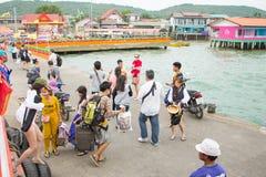12月17日2014年Larn海岛芭达亚,泰国 免版税库存图片