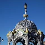 11月3月, CAMBRIDGESHIRE/UK - 23日:在增殖比的纪念喷泉 免版税库存照片
