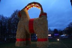 2015年11月29的Gävlebocken (Gävle山羊) inaguration日在耶夫勒瑞典 免版税库存照片