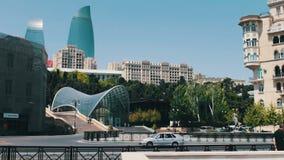 5月9,2017 -阿塞拜疆,巴库:在阿塞拜疆` s首都巴库的著名`火焰塔` 高和美丽的蓝色摩天大楼 影视素材