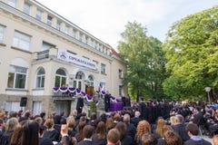 5月13,2015 :索非亚,保加利亚-毕业典礼在美国学院高中 免版税库存照片