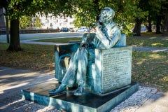 1月Karski雕象在华沙,波兰 免版税库存图片