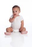 有一个古怪,沉思表示的男婴 免版税库存图片