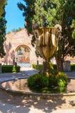 有一个喷泉的美丽的庭院在Dioclet古老浴  免版税库存照片