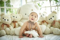 有一个小组的婴孩长毛绒熊 免版税图库摄影