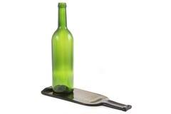 有一个平的瓶的绿色玻璃瓶 免版税图库摄影