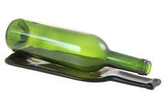 有一个平的瓶的绿色玻璃瓶 库存图片