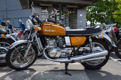 有一个液冷引擎的铃木GT750第一辆日本摩托车 库存照片