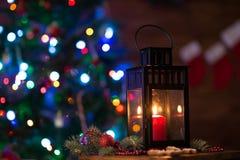 有一个蜡烛的灯笼圣诞节 免版税库存图片