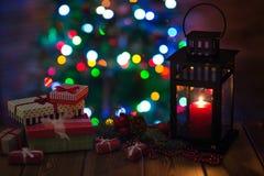 有一个蜡烛的灯笼圣诞节 库存图片