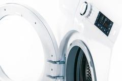 有一个门户开放主义的细节的洗衣机 库存图片