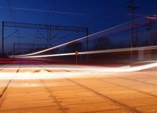 有一列长的火车的激光 免版税图库摄影