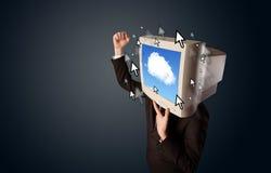 有一台显示器的商人在他的头、云彩系统和pointe 库存图片