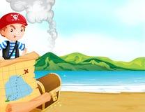 有一张地图的一位海盗在海滨附近 免版税库存照片