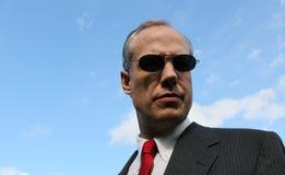 有一条红色领带的人 免版税库存照片