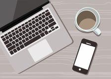 有一杯咖啡的典雅的书桌、handphone和膝上型计算机传染媒介平的设计 皇族释放例证