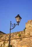 有一盏灯的街道路灯柱 免版税库存照片