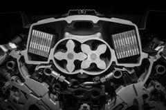 有一辆现代汽车的电动子的引擎 免版税库存图片