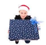 有一件新年礼物的青少年的女孩 免版税库存照片