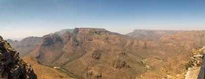 有三的Rondavels,布莱德河峡谷,南非全景 库存图片