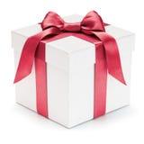 有丝带和弓的礼物盒。 免版税库存图片