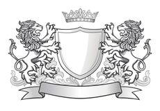 有两头狮子和盾的冠 免版税库存照片