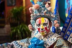 有中国歌剧传统服装和构成的人 库存照片