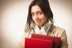有书& x28的年轻学生女孩; 教育和自我发展& x29; 库存照片