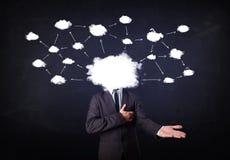 有云彩网络头的商人 库存照片