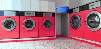 有五台洗衣机的自动自动洗衣店 免版税库存图片