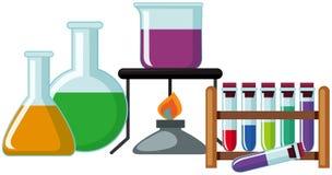 有五颜六色的化学制品的科学烧杯 向量例证
