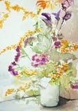 有五颜六色的花的花瓶 图库摄影
