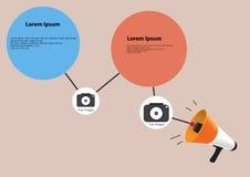 有五颜六色的讲话泡影云彩的扩音机;营销concep 库存照片
