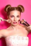 有五颜六色的Younge可爱的白肤金发的妇女组成 库存照片