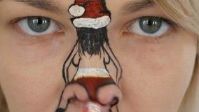 有人体艺术的少女在她的面孔 影视素材