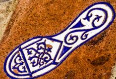 有人脚的反射, a的元素的陶瓷砖 图库摄影