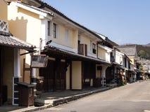 有传统日本商人房子的街道 免版税库存照片