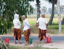 有传统礼服的高棉妇女在越南南方 库存照片