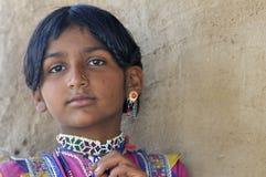 有传统Jewelery的女孩 免版税图库摄影