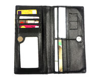 有信用和折扣卡片的黑皮革钱包 免版税图库摄影