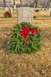 有假日花圈的无名战士的Gravesite 库存照片